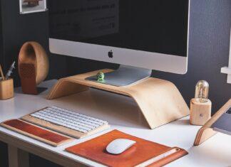 Urządzone biurko